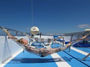 Корабль «Manta Queen». Верхняя палуба